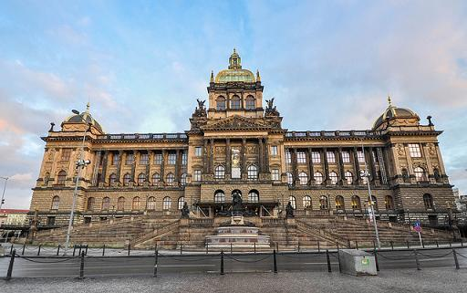 Nationalmuseum am Wenzelsplatz in Prag